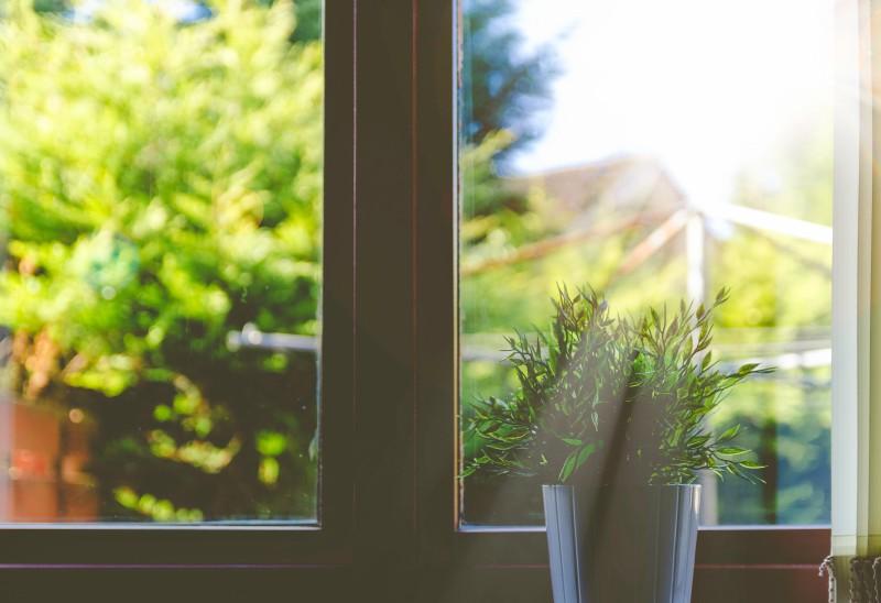 Čiščenje stanovanja - steklenih površin