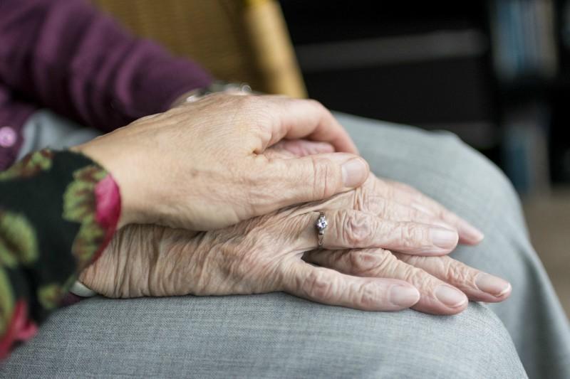 Pomoč starejšim na domu